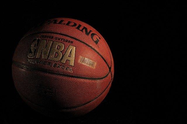 Sur quelles chaines TV françaises regarder le basket en direct ?